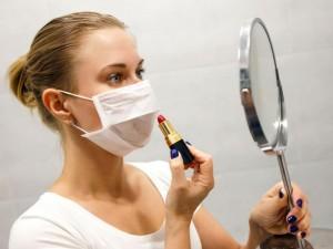 Makiažas ir kaukė – kaip suderinti?