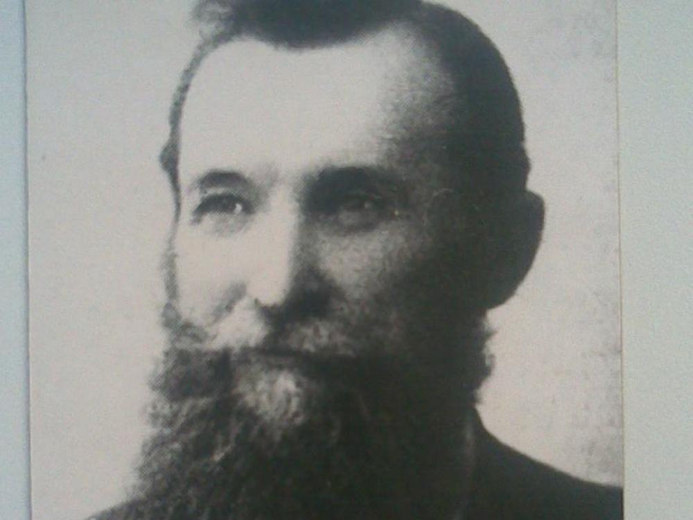 Aptiekoriaus kronikos 3: sveikatos ministras su bajoriška barzda – Bronius Sipavičius
