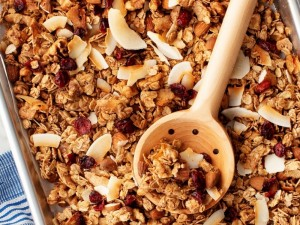 Naminė granola – kiekvieno skoniui