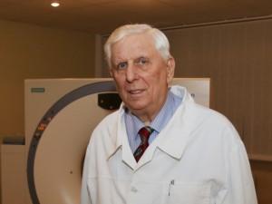 Mirė buvęs sveikatos apsaugos ministras, radiologas K. R. Dobrovolskis