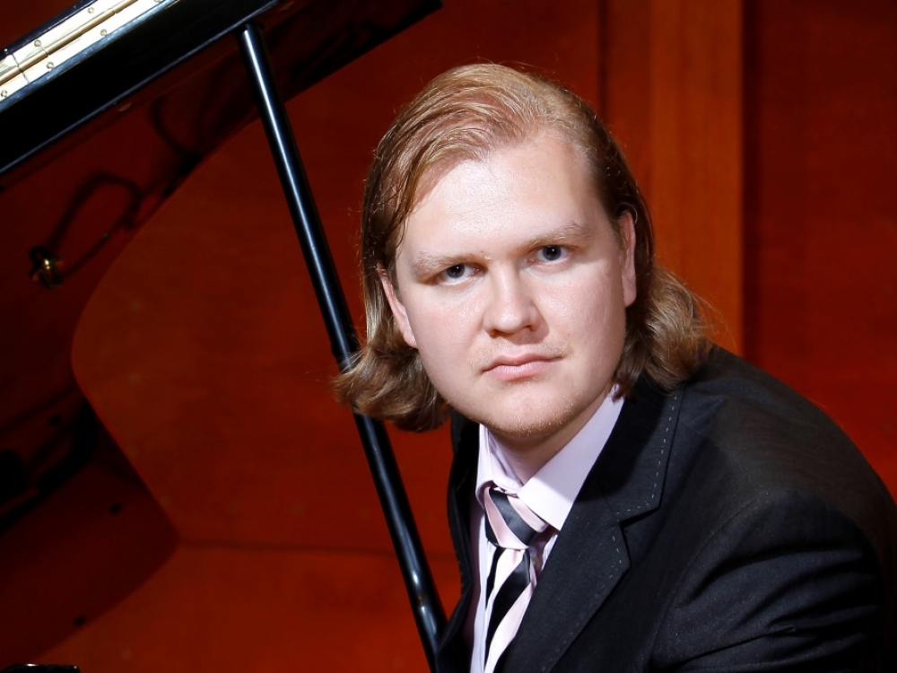 Igor Bakan: opera parduotuvės kasininko kėdėje