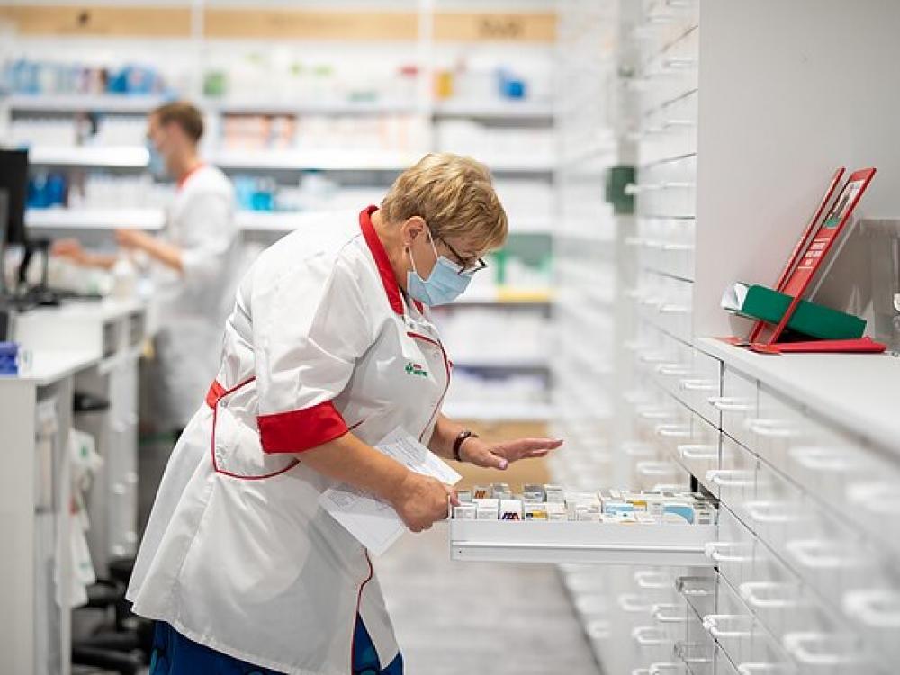 farmacininkas namų darbas)