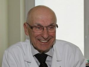 """Prof. Vytautas Jonas Sirvydis: """"Išauginta širdis – kardiochirurgijos ateitis"""""""