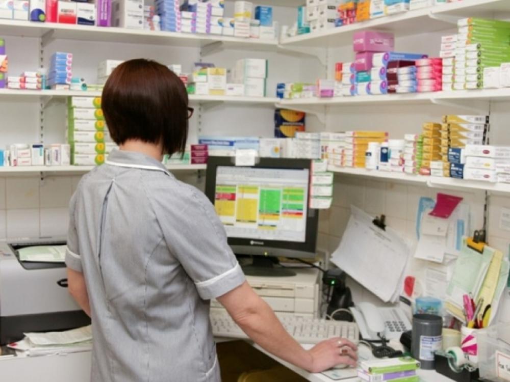 Seimas svarstys siūlymą nustatyti trumpesnį vaistinio preparato lygiagretaus importo leidimo išdavimo terminą