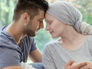 Kaip sergant vėžiu išlaikyti meilę, artumą ir seksą