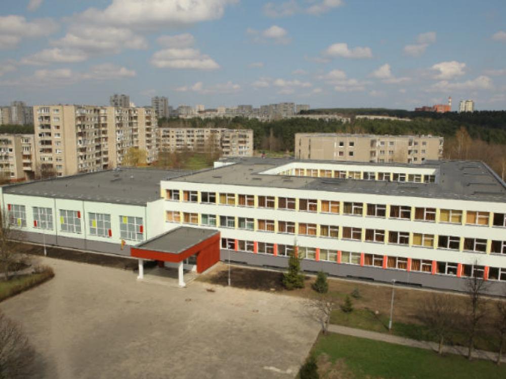 Vilniaus gimnazijos moksleivius ir mokytojus pakirto neaiški liga