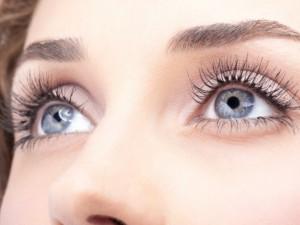 Nenorintiems nešioti akinių ar lęšių – regos korekcija lazeriu