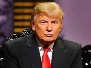 D.Trumas: JAV prezidentas turėtų atsistatydinti dėl Ebolos