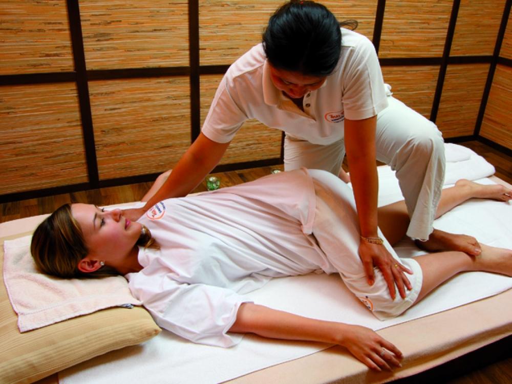 Tinginių joga – tailandietiškas masažas