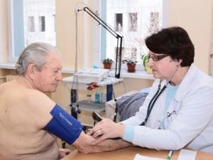 Į gydytoją lietuviai kreipiasi tik rimtai sunegalavę