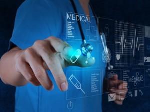 Technologijų milžinai atsigręžia į mediciną