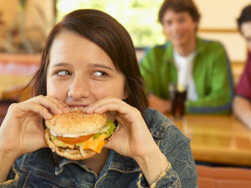 Z kartos jaunuolių mitybos įpročiai