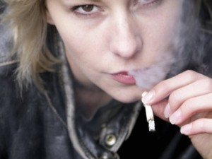 """Apie rūkymą: visa tiesa slypi """"už kadro"""""""
