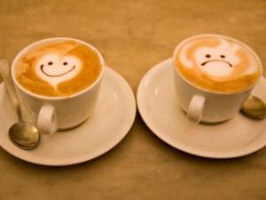 Mados klyksmas – kava su sviestu (dietologės komentaras)