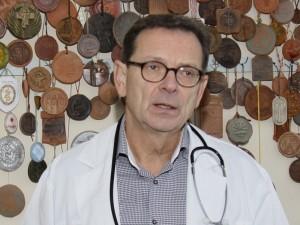 """Prof. Virginijus Šapoka: """"Giliųjų venų trombozė gali būti pirmas vėžio požymis"""""""