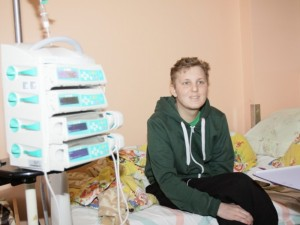 Su vėžiu kovojantis vaikinas: mano gyvenime bus šviesesnių dienų