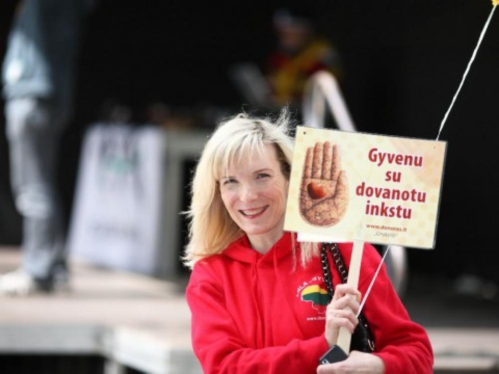 Gyvieji donorai dalį savęs gali dovanoti tik giminėms