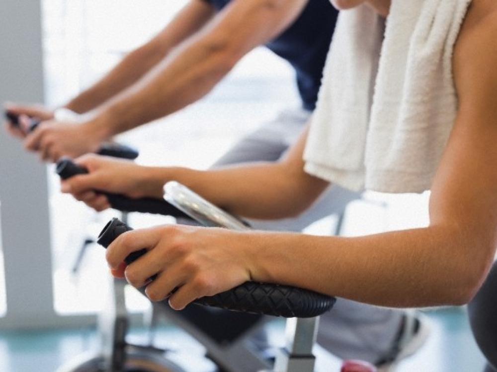 Rūpintis figūra – ir sportu, ir mityba