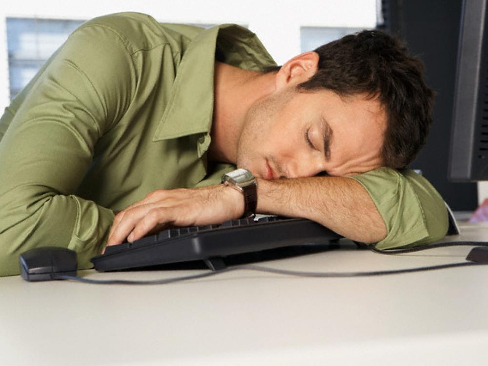 Mieguistumas po pietų – saulės stoka?