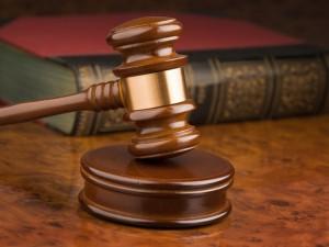 Kompensacijų už vaistus išsireikalauja teisme