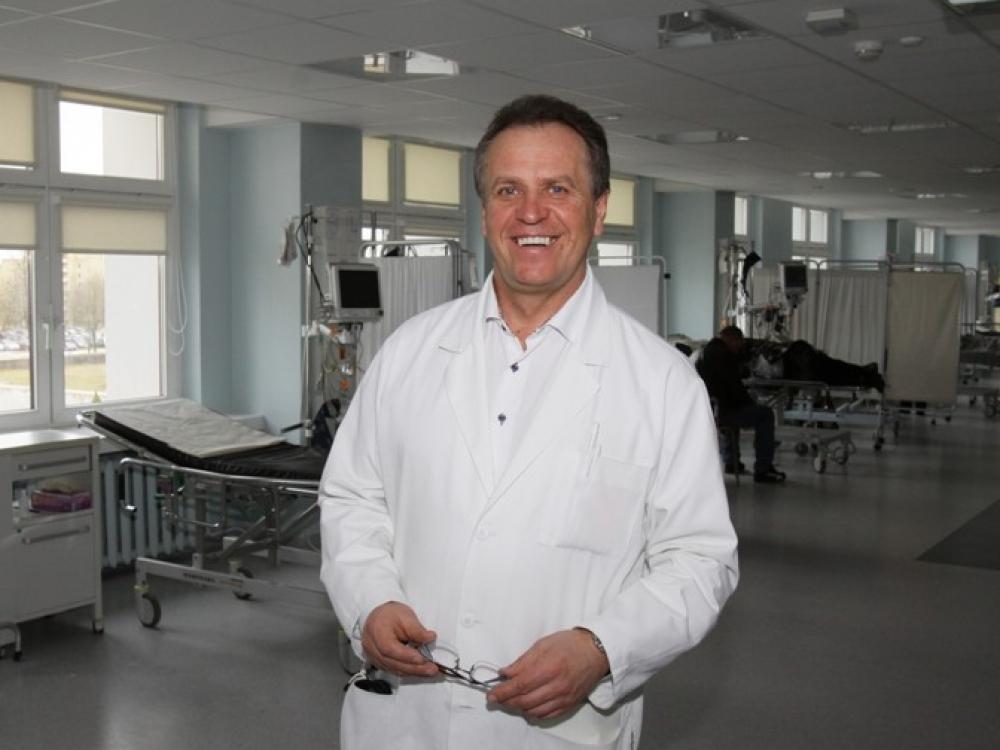 """Profesorius Pranas Šerpytis: """"Nuo kardiologijos nenutolsiu"""""""