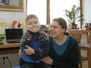"""Mama džiaugiasi sūnaus """"autistuko"""" laimėjimais"""
