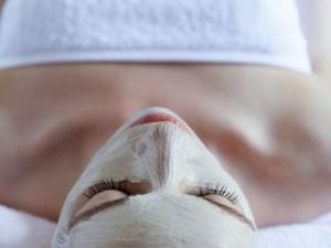 Tinklaraštininkė rekomenduoja: naminė veido kaukė