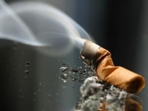 Nepilnamečiams uždrausta rūkyti
