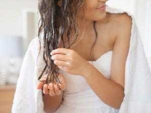 Tinklaraštininkė rekomenduoja: naminė plaukų kaukė