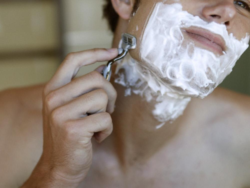 Skutantis barzdą svarbiausia neskubėti