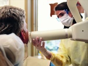 Užsienio sveikatos turistai vietiniams pacientams kojos nepakiš