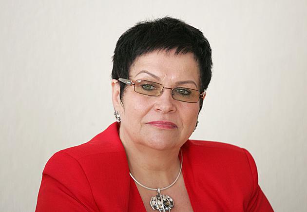 """Audronė Pitrėnienė: """"Jaunus žmones reikia bandyti sulaikyti ne draudimu, o geresne pasiūla"""""""
