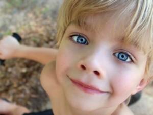 12 būdų užauginti džiugius vaikus