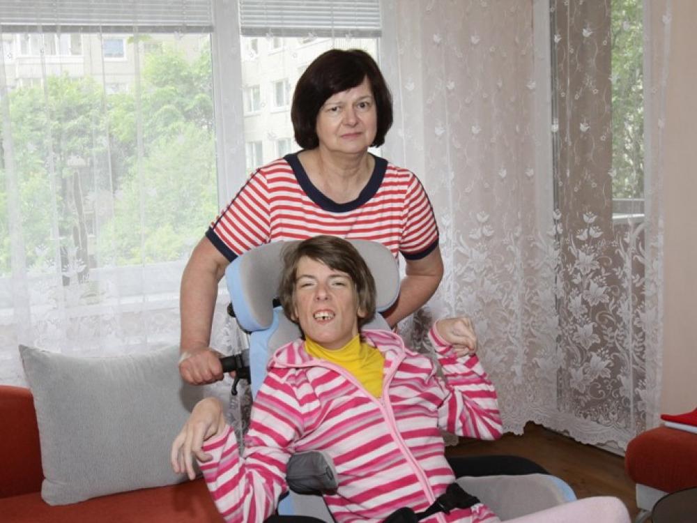 Dantų skausmą kenčiantys neįgalieji neprisišaukia pagalbos