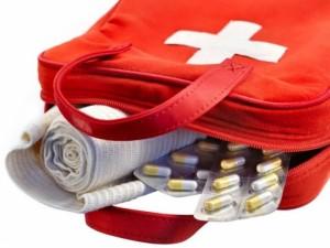 Keliautojo vaistinėlėje turėti būtina...