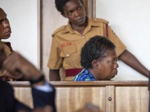 Ugandoje slaugytoja įkalinta dėl ŽIV platinimo