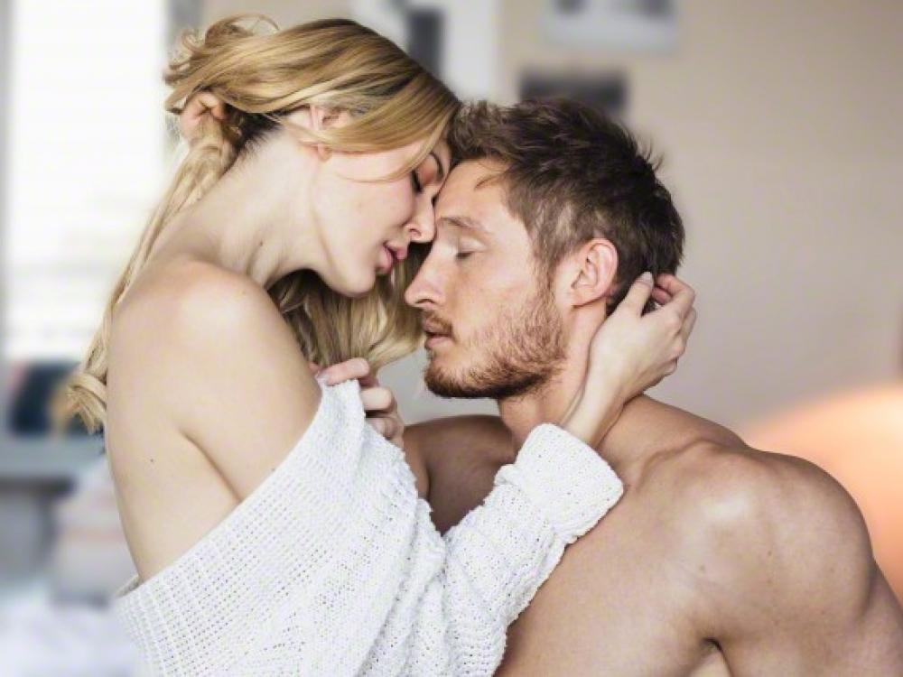 Lėtas seksas: sąmoningas malonumas