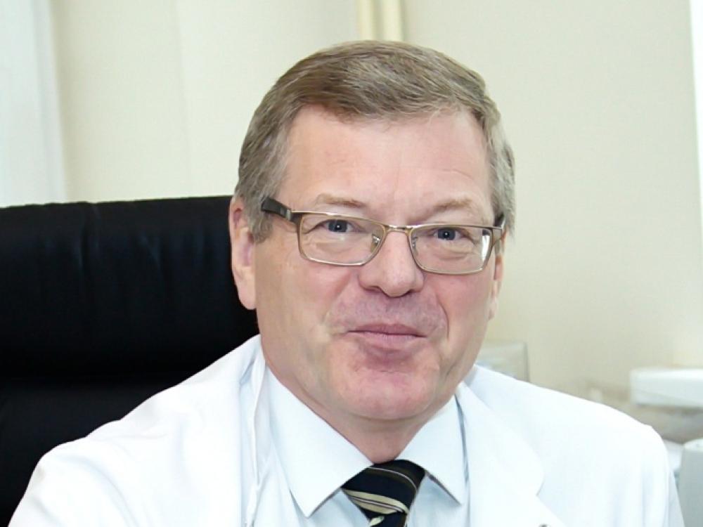 """Prof. Vidmantas Barauskas: """"Tiksliai žinojau, kad norėsiu būti chirurgas"""""""
