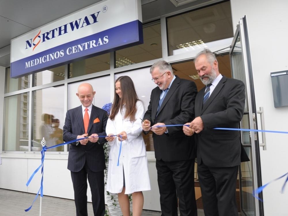 """Klaipėdoje oficialiai atidarytas """"Northway"""" medicinos centras"""