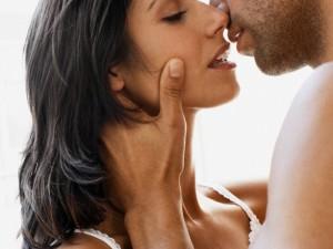Vyrai vidutiniškai per gyvenimą norėtų turėti 14 sekso partnerių