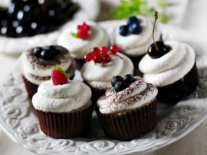 Pavojingiausi riebalai slepiasi saldumynuose