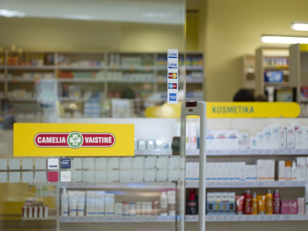 """Konkurencijos taryba tirs UAB """"Nemuno vaistinė"""" skleistą reklamą"""
