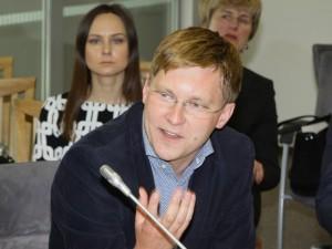 """Seimo socialdemokratai: konservatorių ir darbiečių """"davatkiškumas"""" stabdo sveikatos sistemos pažangą"""