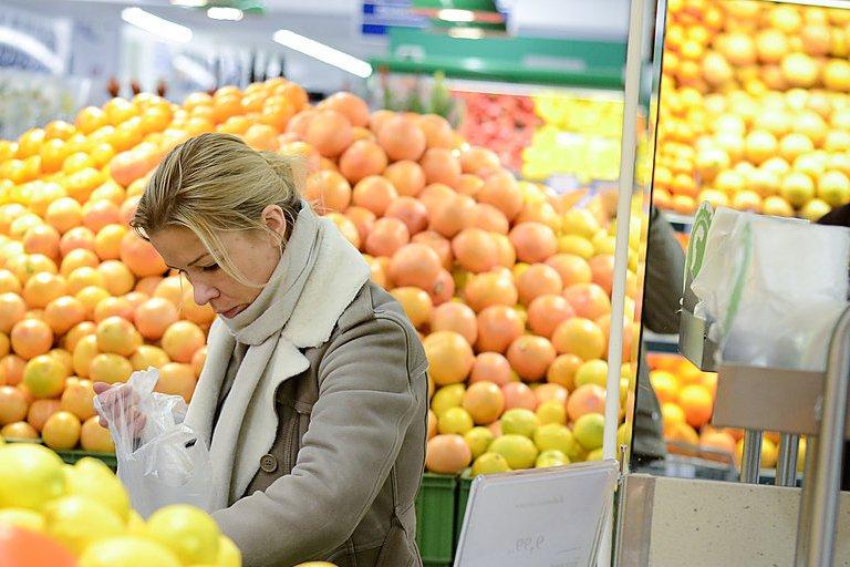 Į ką atkreipti dėmesį, renkantis citrusinius vaisius?