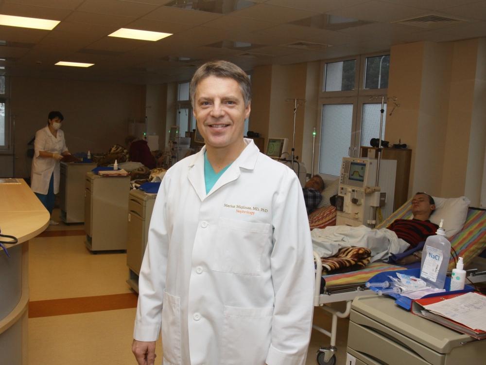 """Prof. Marius Miglinas: """"Peritoninė dializė artimesnė žmogaus fiziologijai"""""""