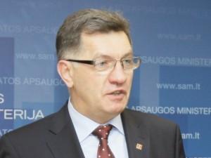 """""""Manau, kad būtų netikslinga keisti ministrus"""""""