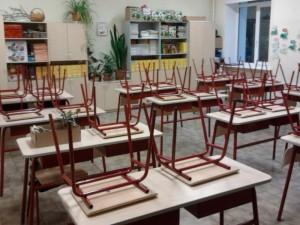 Vilniaus apskrityje pusė mokyklų turėtų būti uždaryta!