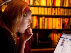 Italijoje – mirtys dėl patyčių internete