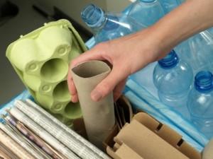 Ekspertai pataria: kaip pradėti rūšiuoti namuose