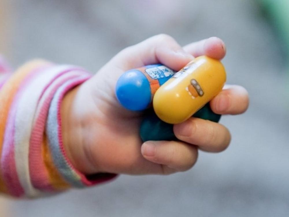 Vaikams reklama formuoja priklausomybę?